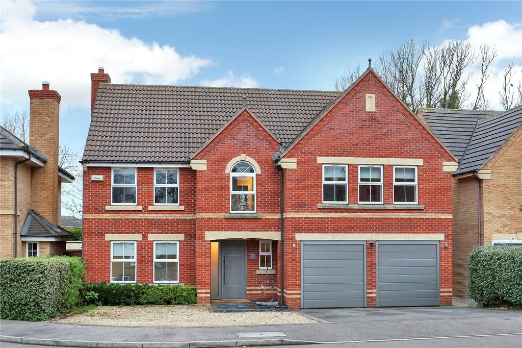 5 Bedrooms Detached House for sale in Essex Close, Melton Mowbray, Leicestershire