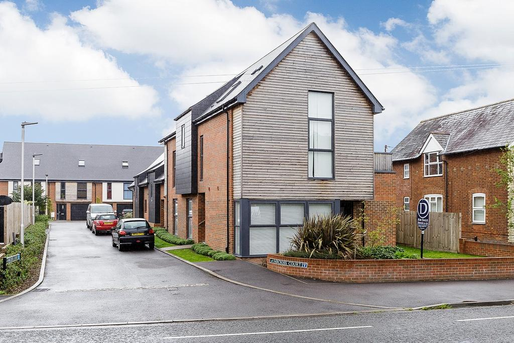 1 Bedroom Apartment Flat for rent in Faircross Court, Bath Road, Thatcham, Berkshire, RG18