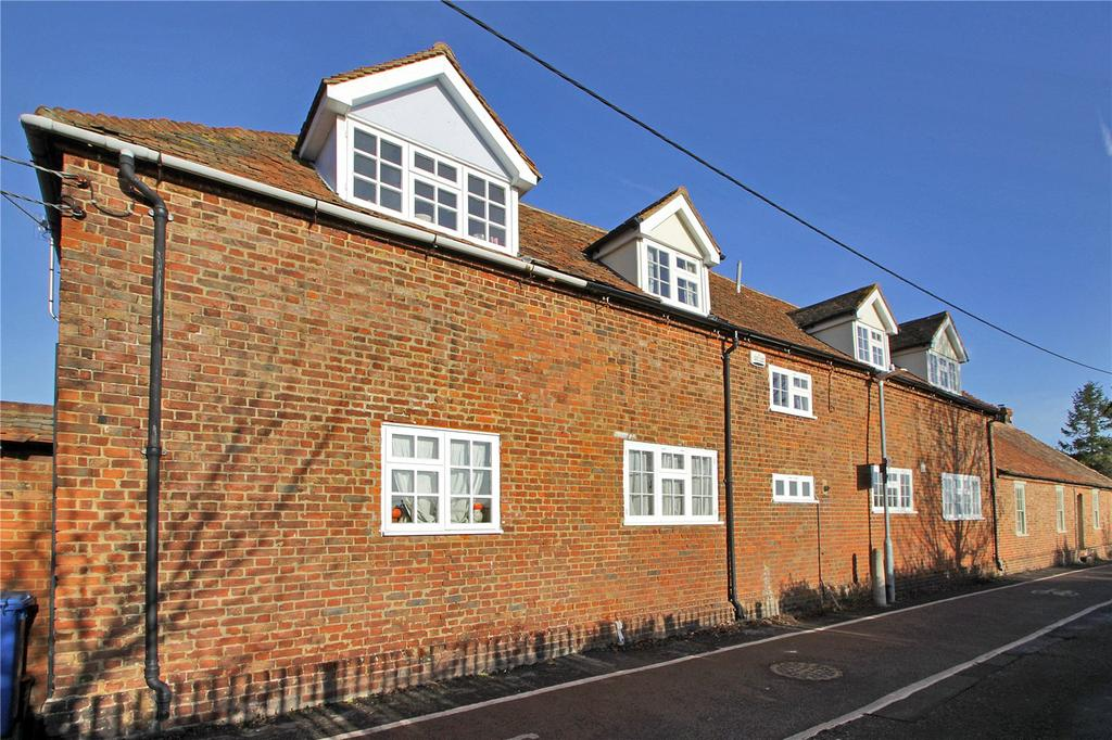 4 Bedrooms Terraced House for sale in Brent Hill, Davington, Faversham, Kent, ME13