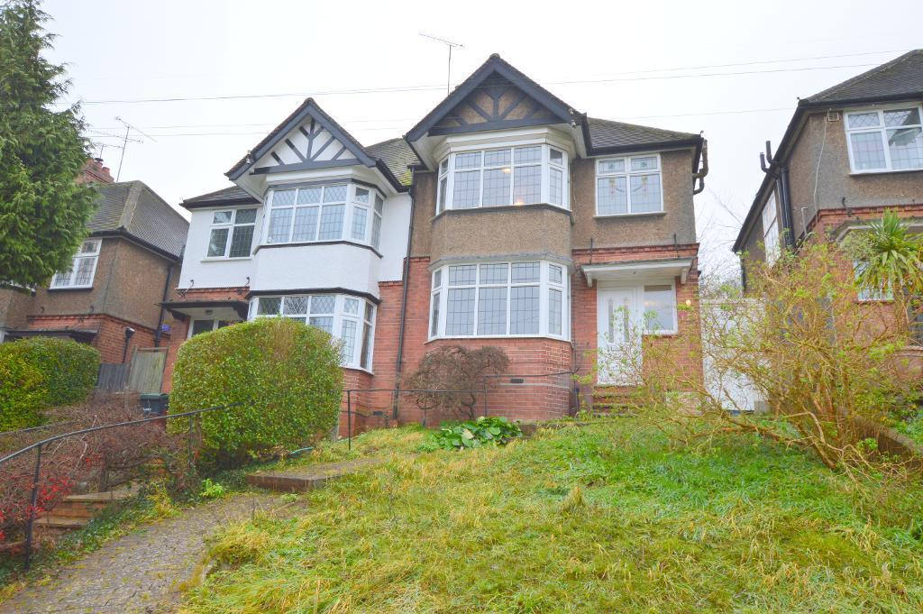 3 Bedrooms Semi Detached House for sale in Cutenhoe Road, South Luton, Luton, LU1 3NF