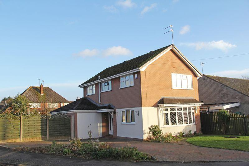 4 Bedrooms Detached House for sale in The Greenway, Pattingham, Wolverhampton