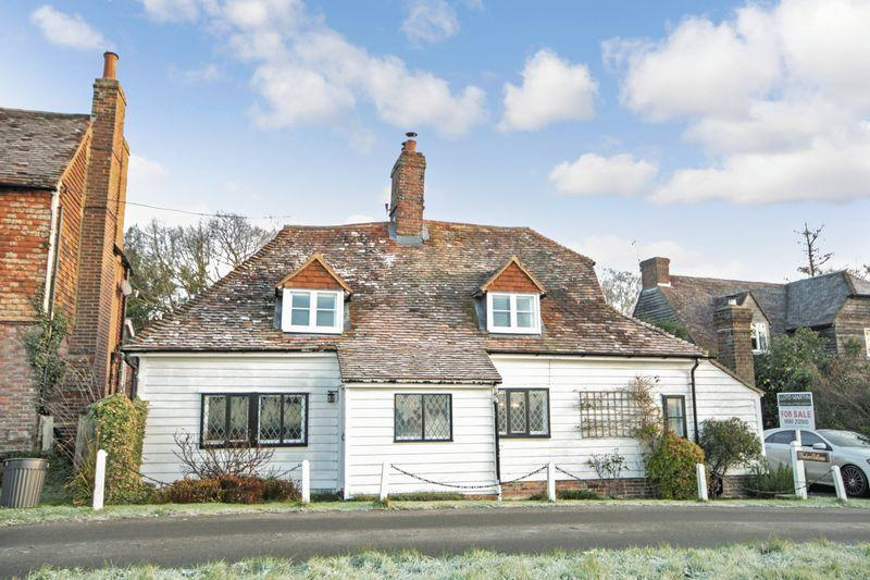 2 Bedrooms Detached House for sale in Mill Street, Iden Green, Cranbrook, Kent