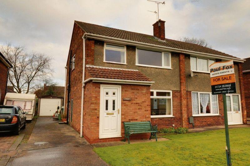 3 Bedrooms Semi Detached House for sale in Beech Grove, Burton-Upon-Stather