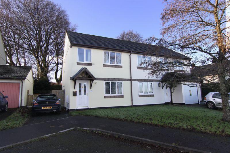 3 Bedrooms Semi Detached House for rent in Crocken Tor Road, Okehampton