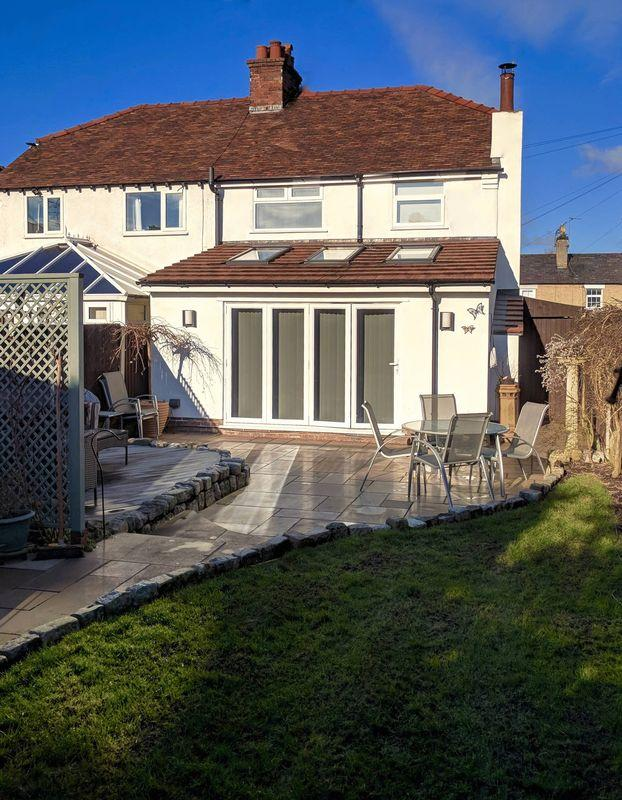 3 Bedrooms Semi Detached House for sale in Milner Road, Heswall