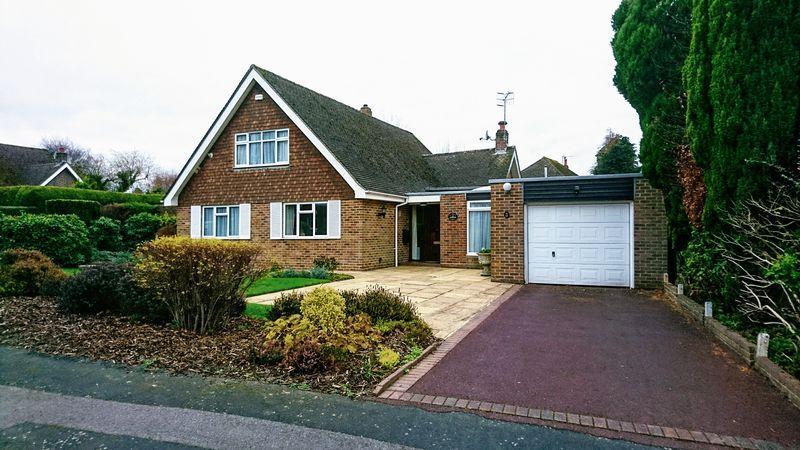 4 Bedrooms Detached House for sale in Newlands, Langton Green, Tunbridge Wells