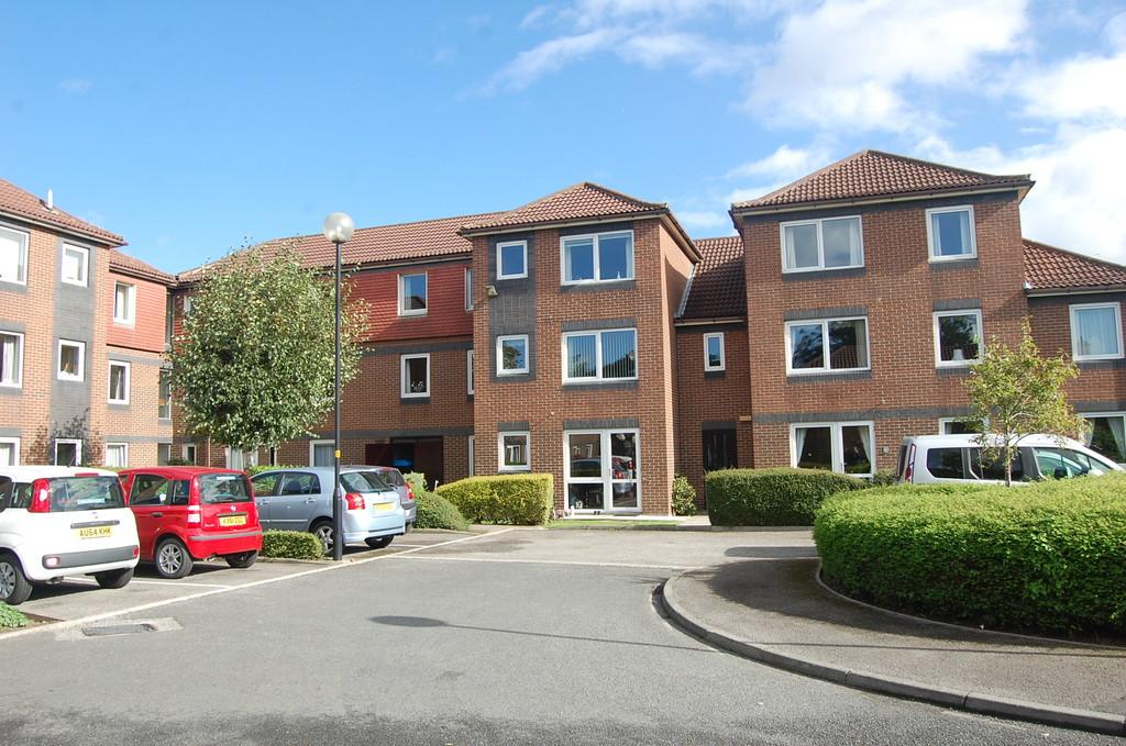 2 Bedrooms Apartment Flat for sale in Arden Court, Northallerton