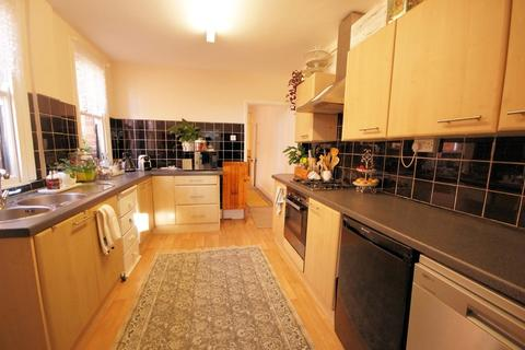 4 bedroom semi-detached house to rent - Rosebery Avenue, Lincoln