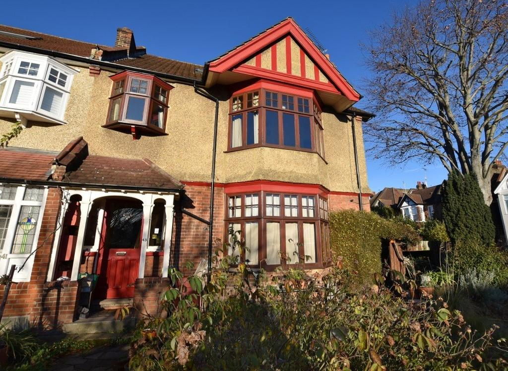 1 Bedroom Apartment Flat for sale in Grove Park, Wanstead
