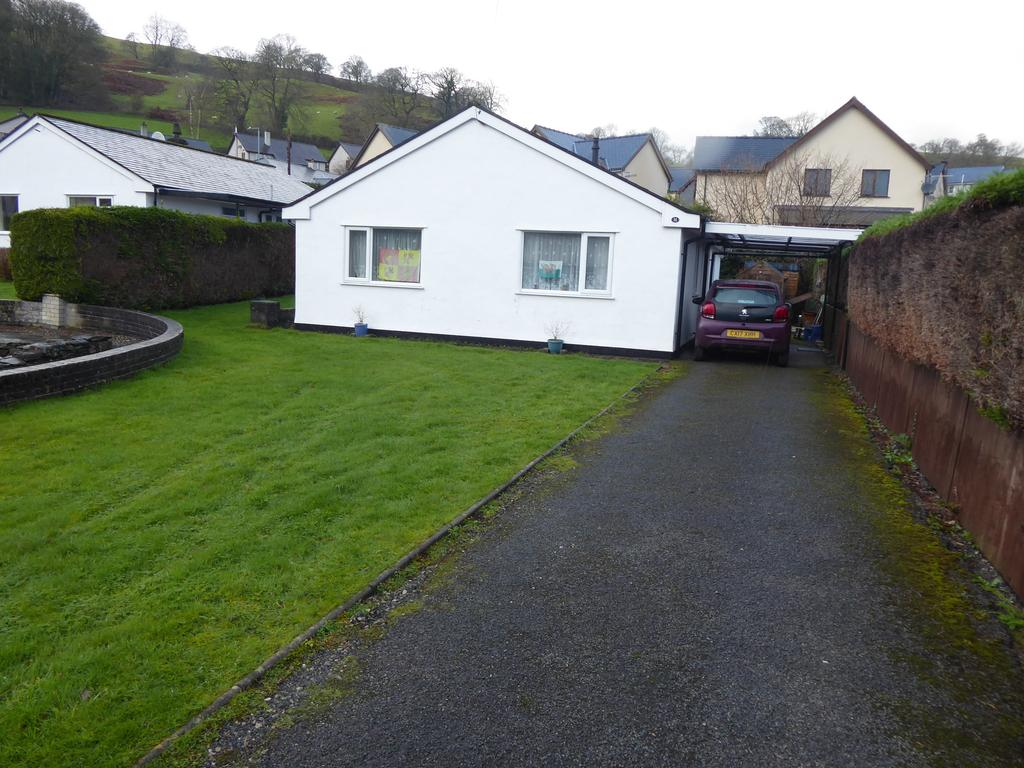 3 Bedrooms Detached Bungalow for sale in BALA LL23