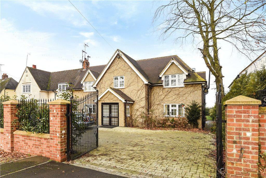 4 Bedrooms Semi Detached House for sale in Park Lane, Old Knebworth, Knebworth, Hertfordshire