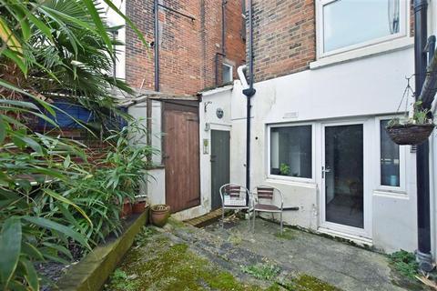 1 bedroom ground floor flat for sale - Elphinstone Road, Southsea, Hampshire