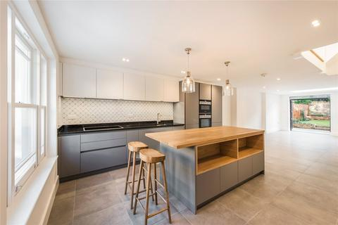 3 bedroom terraced house to rent - St. James Street, Hammersmith, London, W6