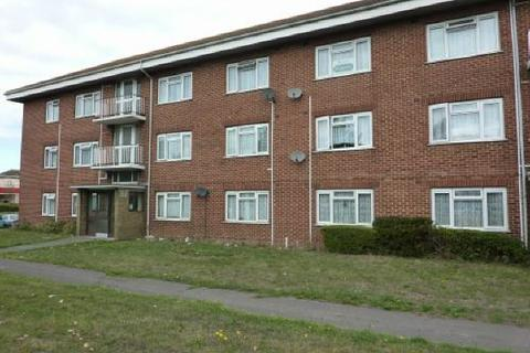 2 bedroom flat to rent - CLEASBY CLOSE - MILLBROOK - UNFURN