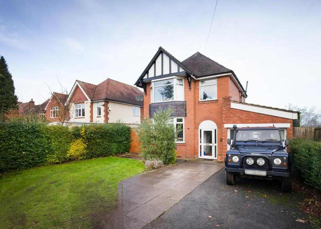 3 Bedrooms Detached House for sale in Kidderminster Road, Bromsgrove