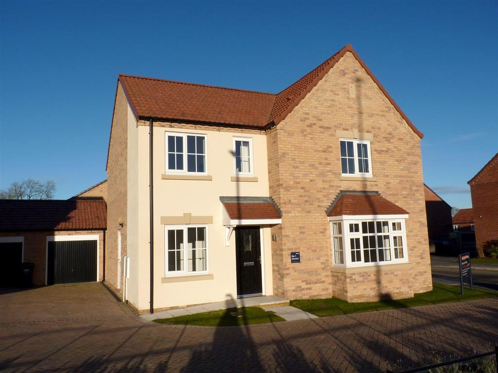 4 Bedrooms Detached House for sale in Dalesway, Skipton Road, Harrogate