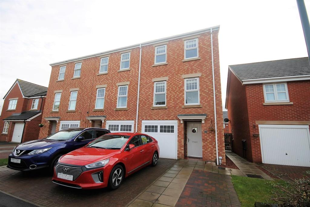 3 Bedrooms End Of Terrace House for sale in Atlantic Crescent, Thornaby, Stockton-On-Tees