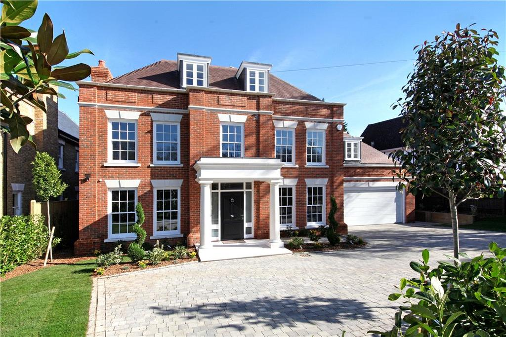 5 Bedrooms Detached House for sale in Weybridge Park, Weybridge, Surrey, KT13