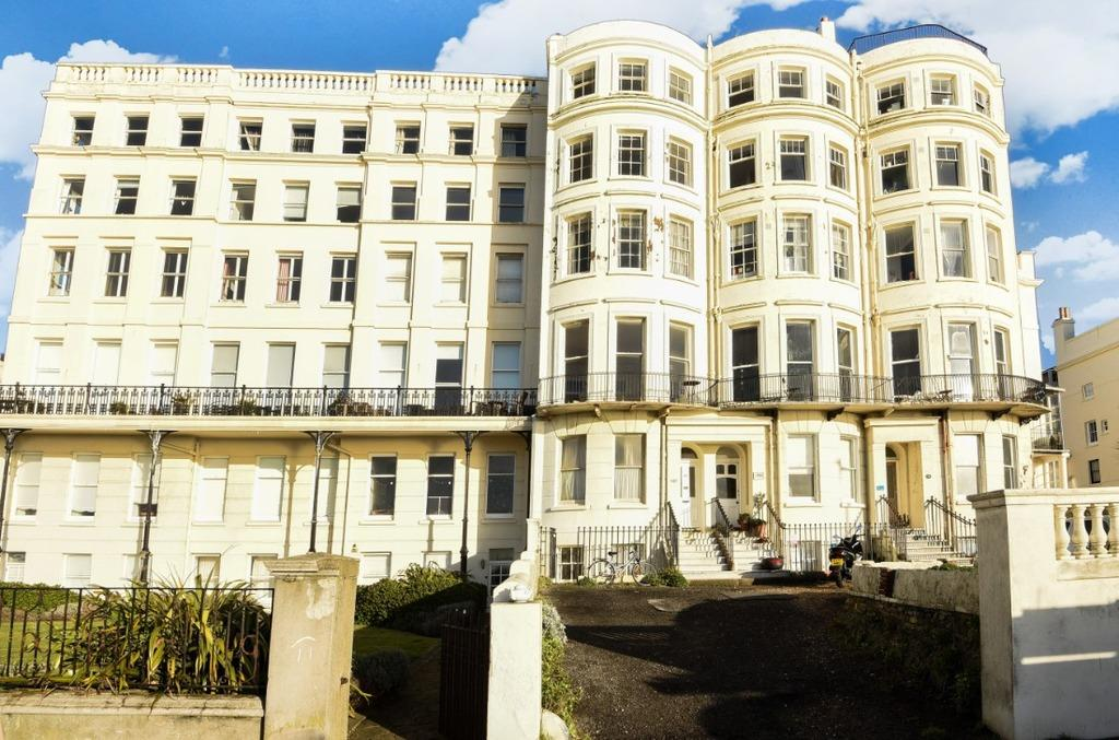 7 Bedrooms Terraced House for sale in Marine Parade Brighton BN2