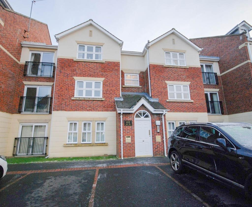 2 Bedrooms Apartment Flat for sale in Louise House, Royal Courts