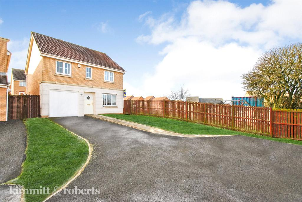 4 Bedrooms Detached House for sale in Churchside Gardens, Easington Lane, Houghton le Spring, DH5