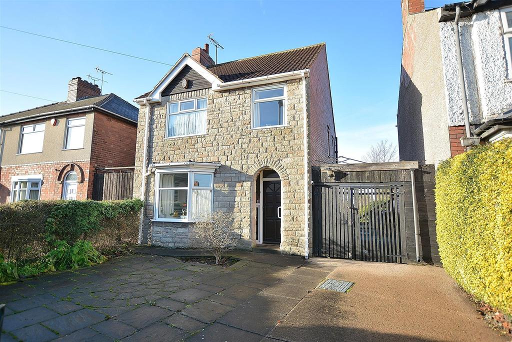 3 Bedrooms Detached House for sale in Little Carter Lane, Mansfield