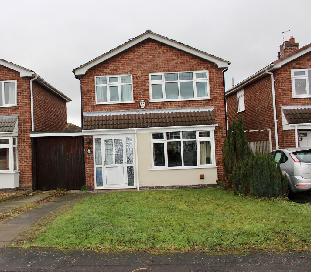 3 Bedrooms Detached House for sale in Pine Drive, Leicester LE7