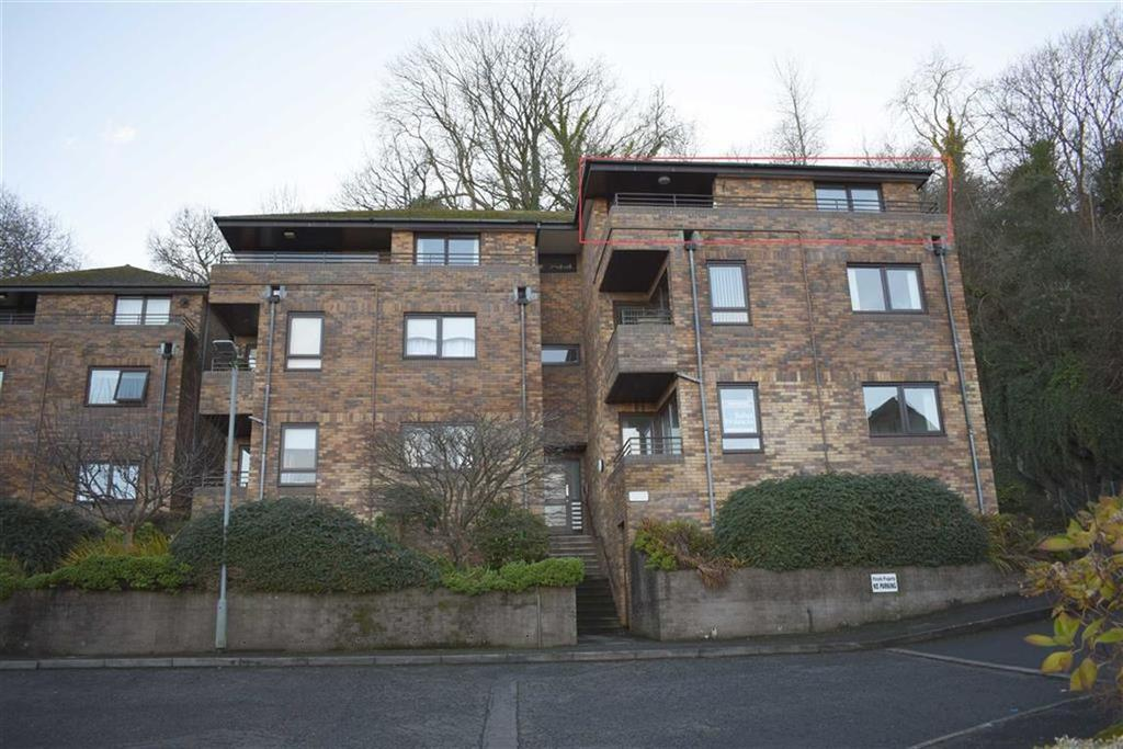 1 Bedroom Flat for sale in Heath Court, Heath Close, Swansea