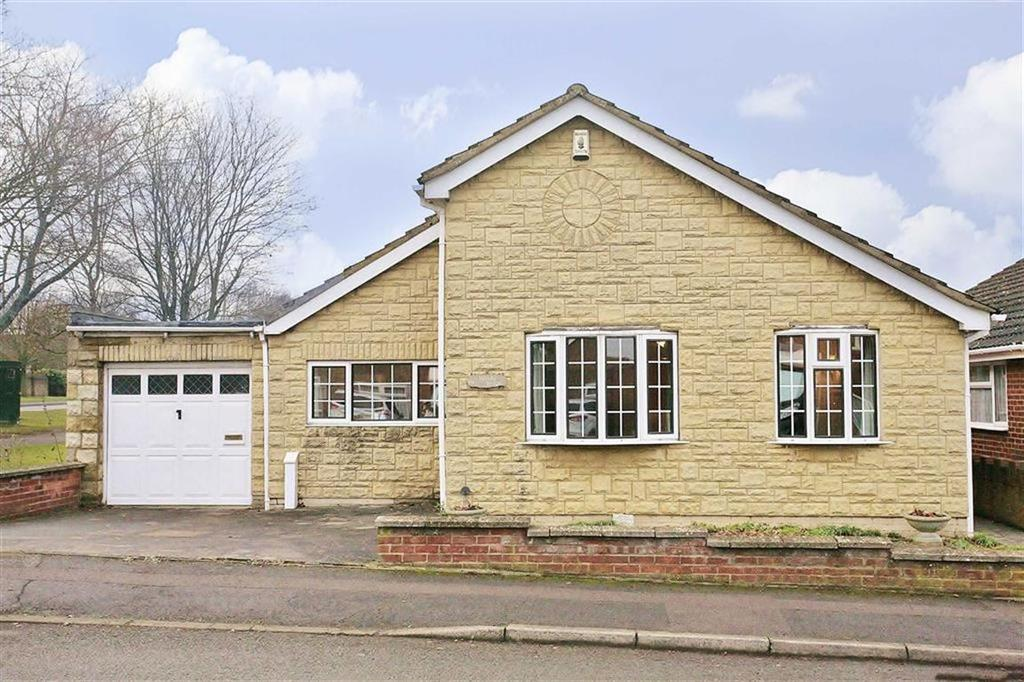 3 Bedrooms Detached Bungalow for sale in Hereford Way, Banbury
