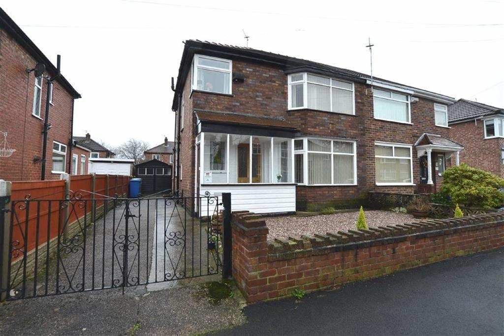3 Bedrooms Semi Detached House for sale in Mount Drive, Urmston, Manchester