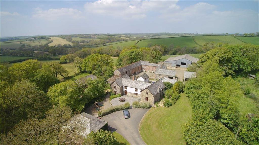 6 Bedrooms Detached House for sale in Boyton, Launceston, Cornwall, PL15