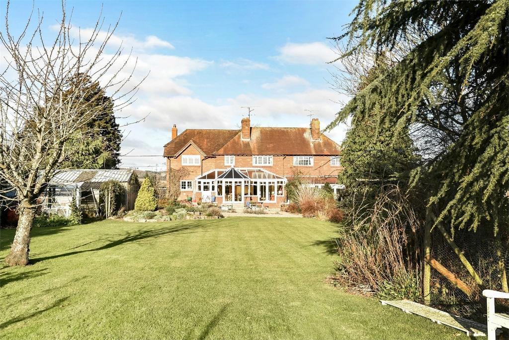 4 Bedrooms Semi Detached House for sale in Neatham, Alton, Hampshire