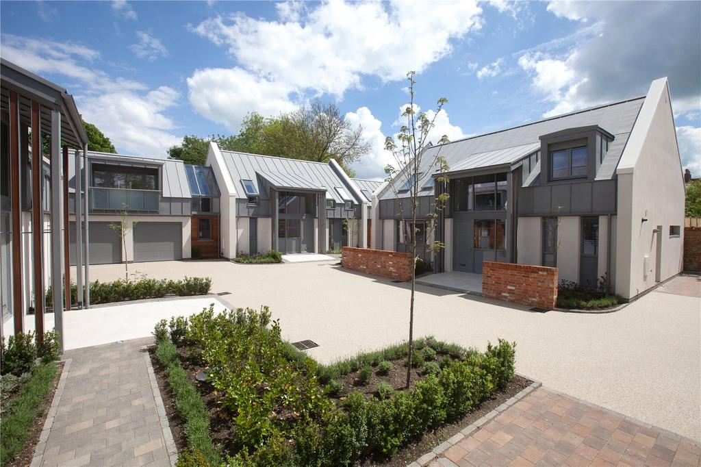 5 Bedrooms Detached House for sale in Salisbury, Wiltshire, SP1