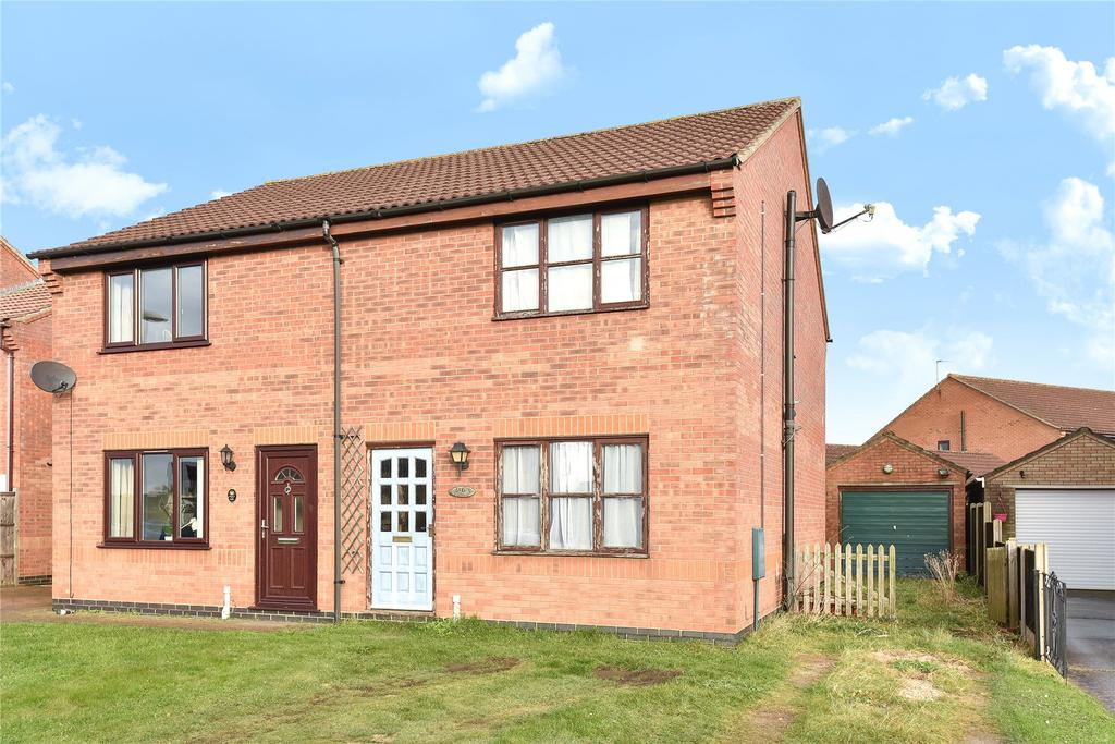 3 Bedrooms Semi Detached House for sale in Brinkhall Way, Welton, LN2