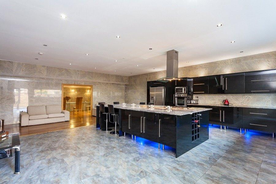 6 Bedrooms End Of Terrace House for sale in Busby Place, Kentish Town, London, NW5