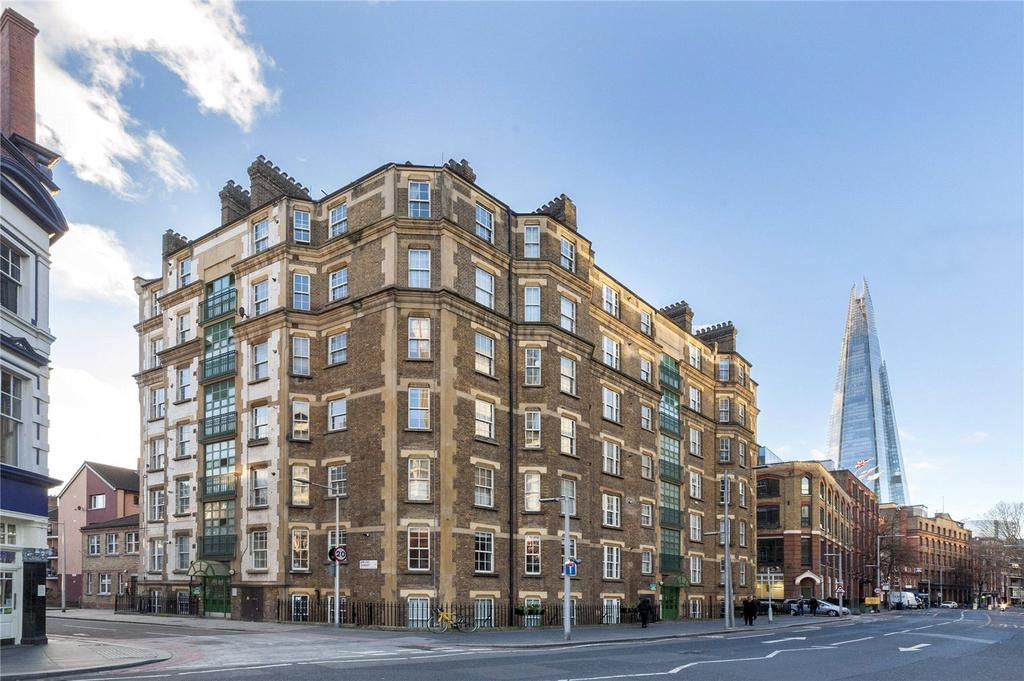 1 Bedroom Flat for sale in Devon Mansions, Tooley Street, London