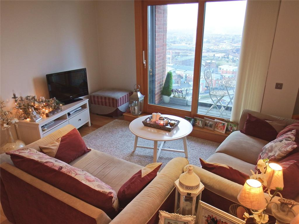2 Bedrooms Flat for sale in Candle House, 1 Wharf Approach, Leeds, West Yorkshire, LS1