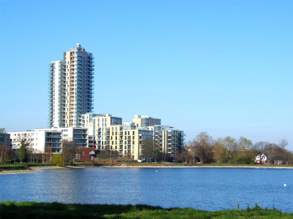 2 Bedrooms Flat for sale in Odell House, Woodberry Down, London, N4