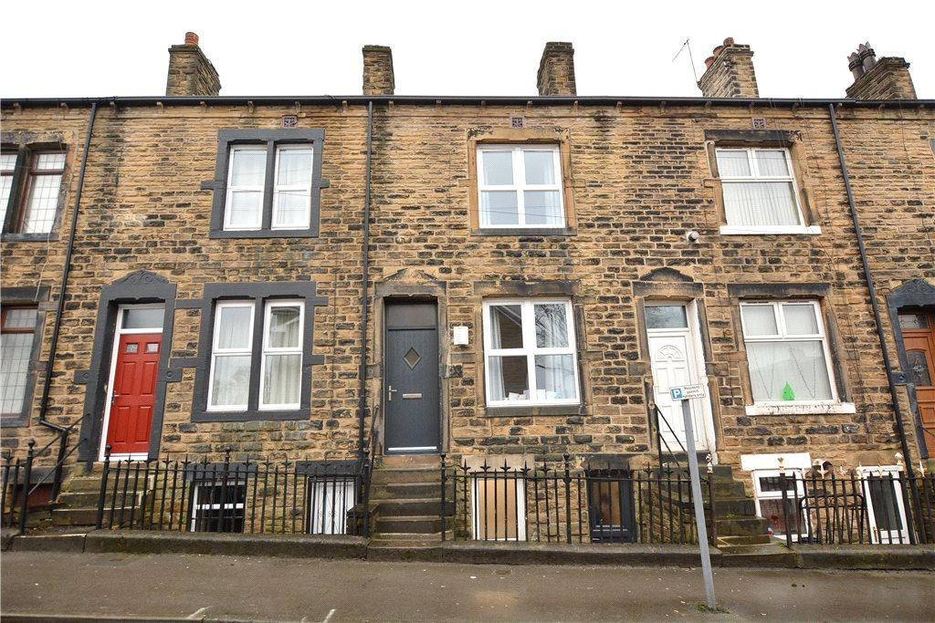 4 Bedrooms Terraced House for sale in Wesley Terrace, Pudsey, West Yorkshire