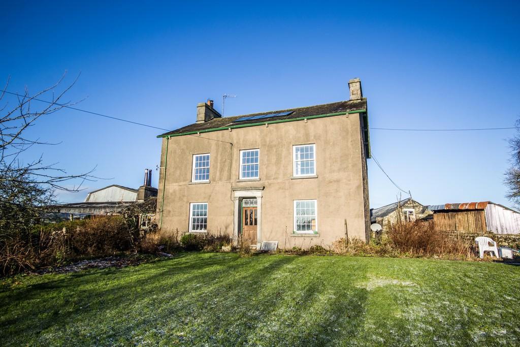 5 Bedrooms Farm House Character Property for sale in Broad Oak Farmhouse, Crosthwaite, LA8 8JL