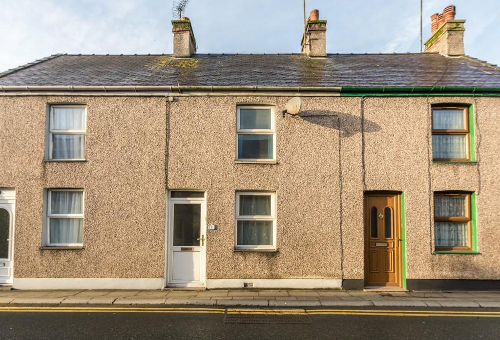 2 Bedrooms Terraced House for sale in Field Street, Llangefni, North Wales