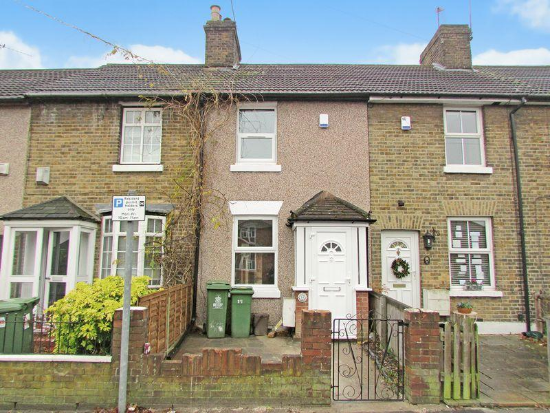 2 Bedrooms Terraced House for sale in Hartford Road, Bexley