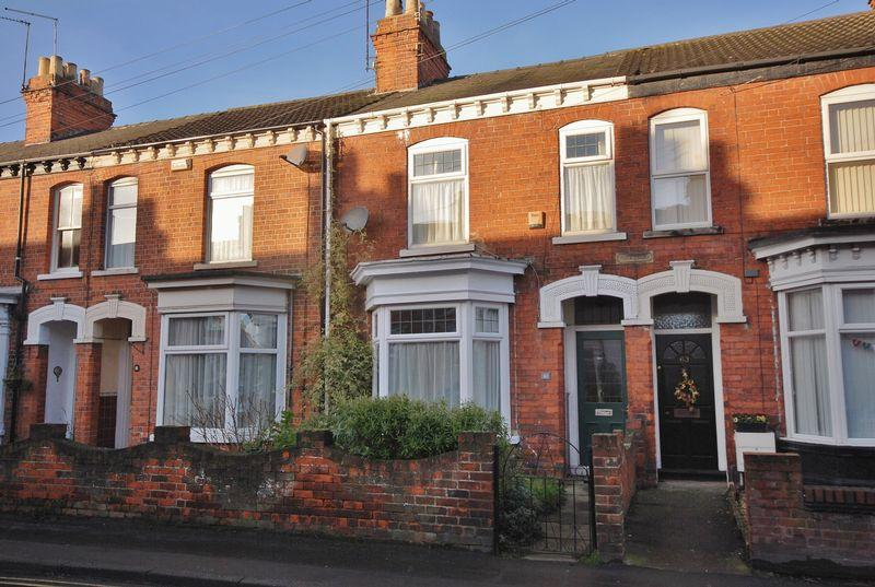 2 Bedrooms Terraced House for sale in Wilbert Lane, Beverley