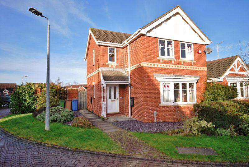 3 Bedrooms Detached House for sale in Tadman Close, Beverley