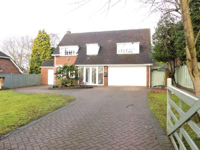 4 Bedrooms Detached House for sale in Fox Hollies Road, Sutton Coldfield