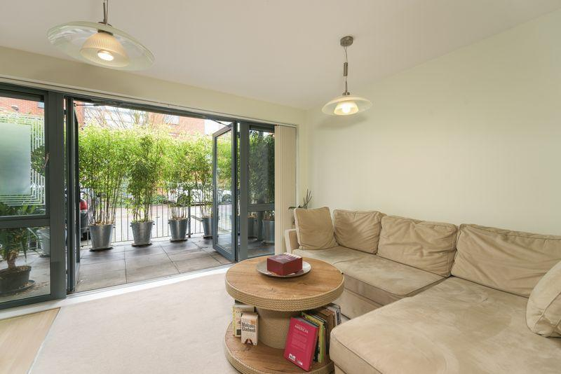 1 Bedroom Apartment Flat for sale in Berber Parade, Woolwich