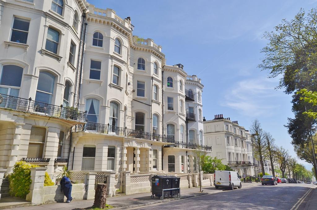 1 Bedroom Flat for sale in Denmark Terrace, Brighton, BN1