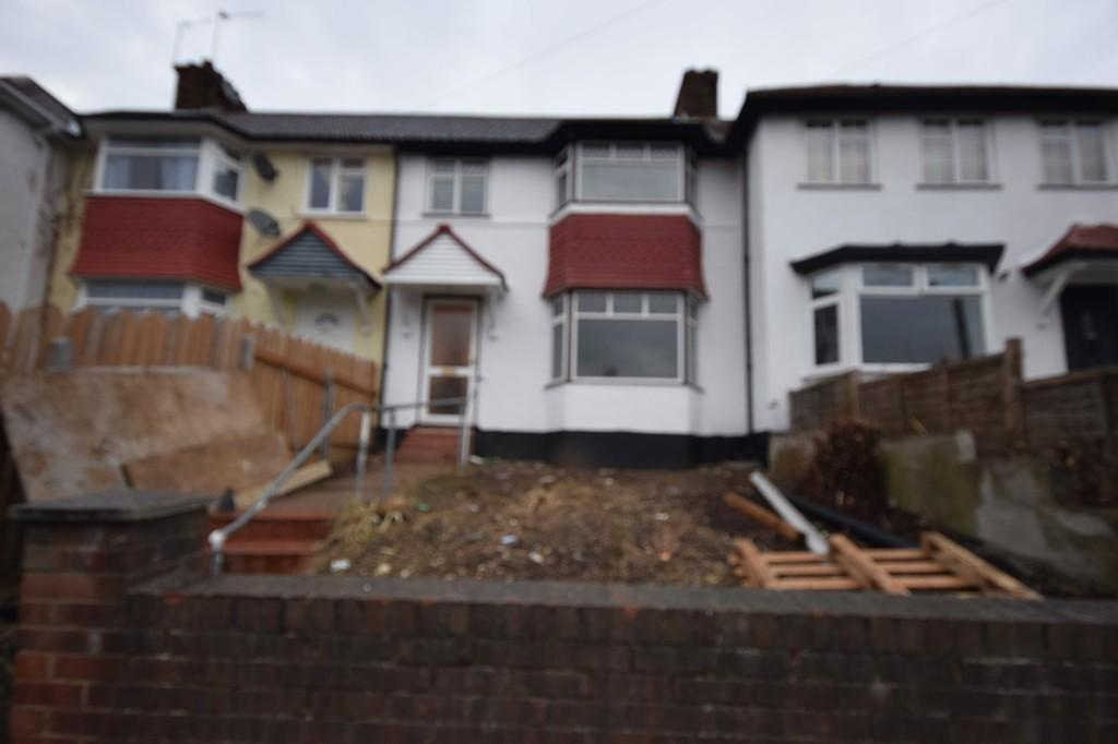 4 Bedrooms Terraced House for sale in Tokyngton Avenue, Wembley