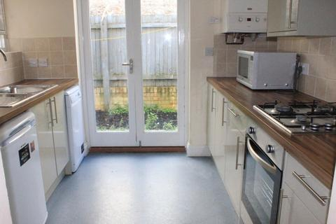 6 bedroom terraced house to rent - St Georges Road, BRIGHTON BN2