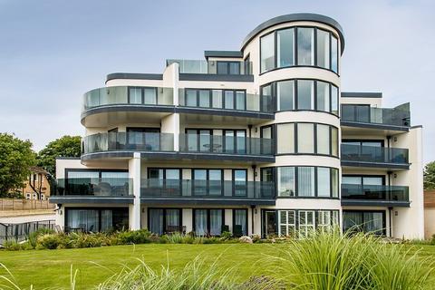 3 bedroom flat for sale - Boscombe Manor